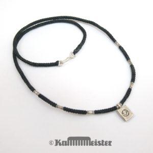Makramee Kette - schwarz - Hill Tribe Silber - Barren mit Blüte - 47 cm lang