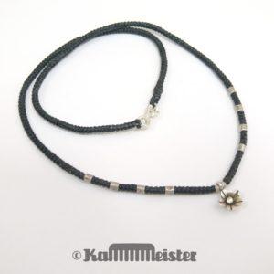 Makramee Kette - schwarz - Hill Tribe Silber - Blüte - 48 cm lang